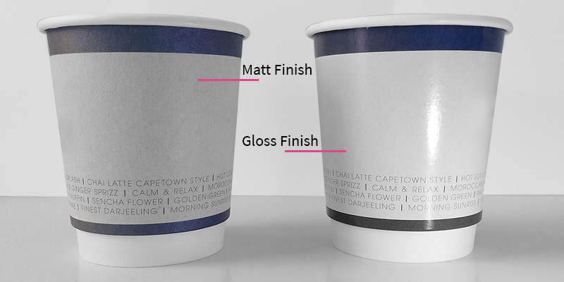 Comparing matt or gloss finishes on paper cups